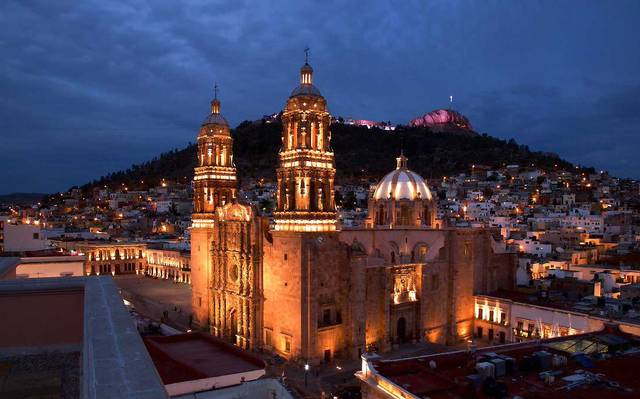 Zacatecas Cathedral at night wiht lights on the building