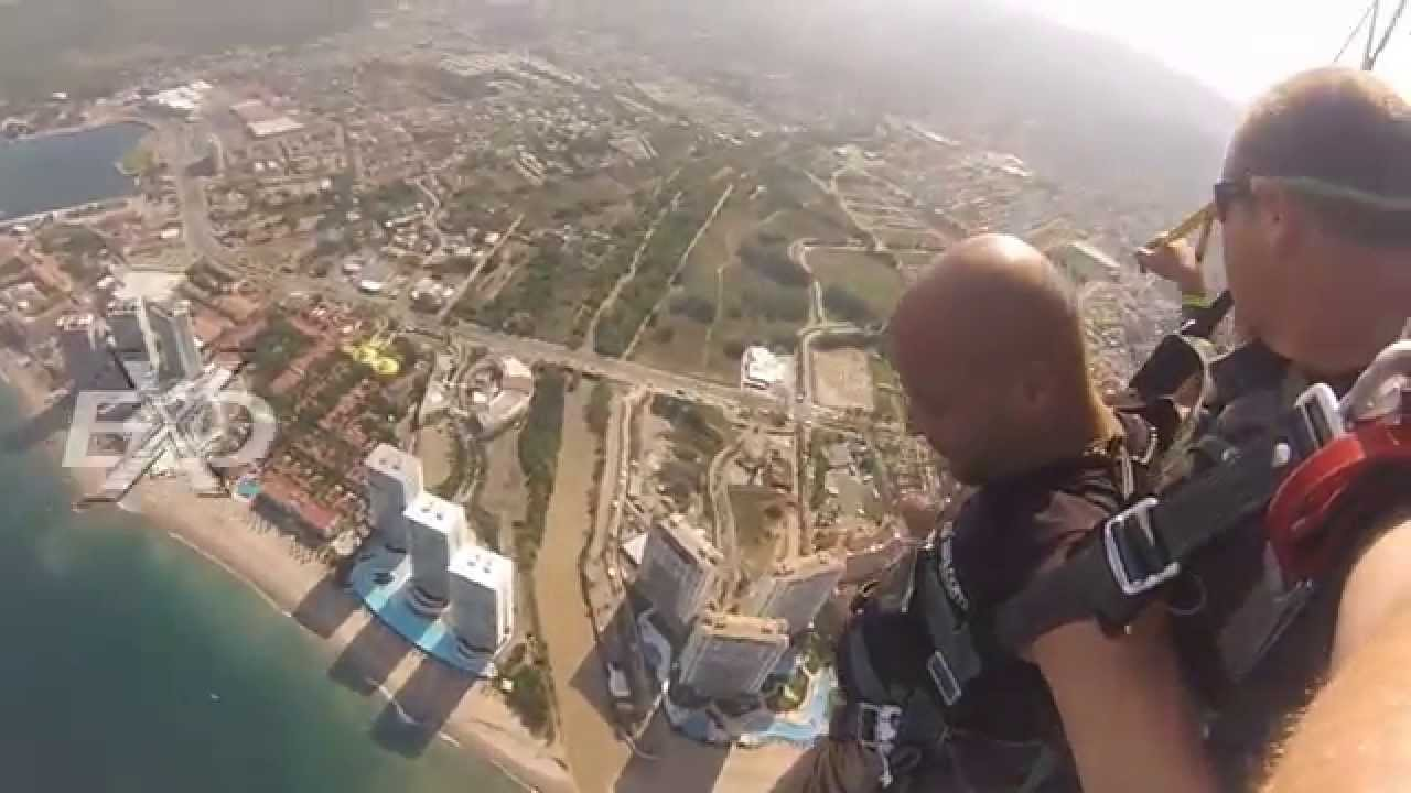 Parachute jumping at Puerto vallarta